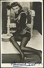 Hermione Gingold signed vintage 6 x 4 b/w portrait