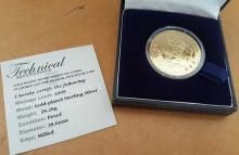 Tristan Da Cunha gold plated £5 coin. Gold plated sterling silver Tristan da Cunha St George and the Dragon £5 coin, boxed.