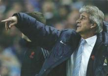 Manuel Pellegrini signed 12x8 colour photo. Former Manchester City manager. Good Condition. All