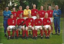 Signed 12 X 8 Photo Geoff Hurst, An Iconic Image Showing The 1966 World Cup Winners England,