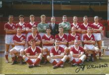 Signed 12 X 8 Photo Jeff Whitefoot, Nottingham Forest S Squad Of Players Pose For Photographers