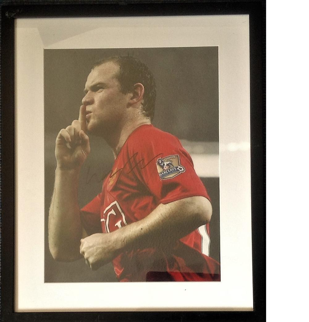 Football Wayne Rooney signed 22x17 framed and mounted colour photo. Good condition Est.