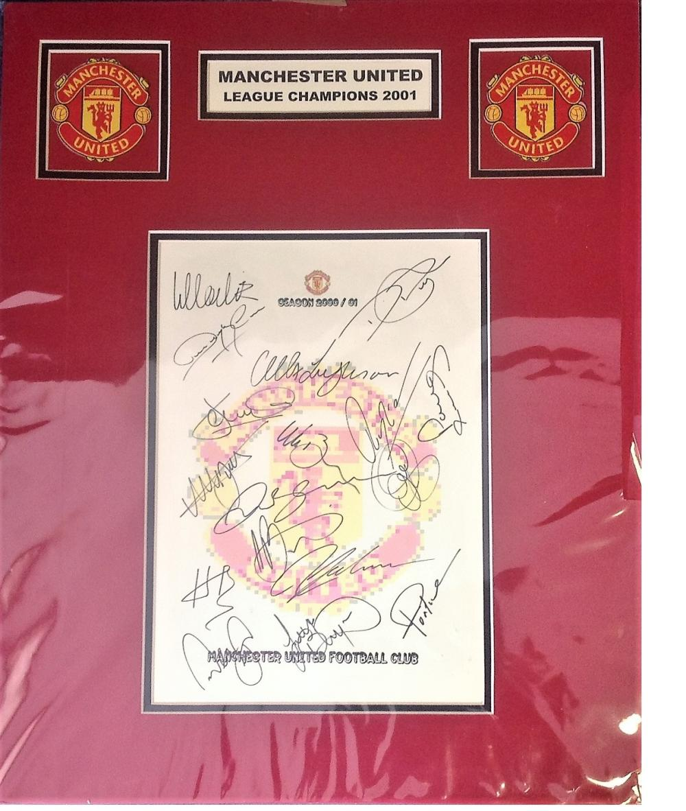 Football Manchester united mounted signature piece 2001 League Champions signed by Alex Ferguson and