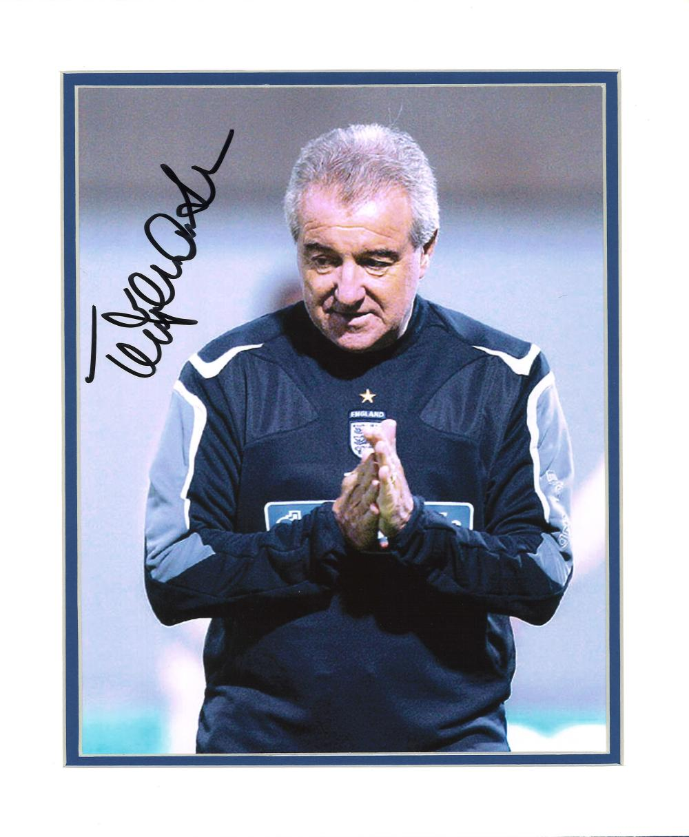 Football Terry Venables signed 12x10 mounted colour photo pictured during his time as manager of