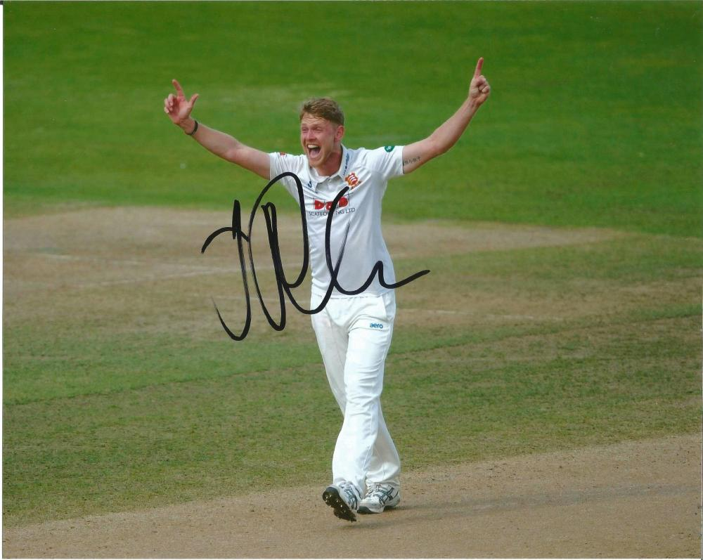 Jamie Porter Signed Essex Cricket 8x10 Photo. Good Condition Est.