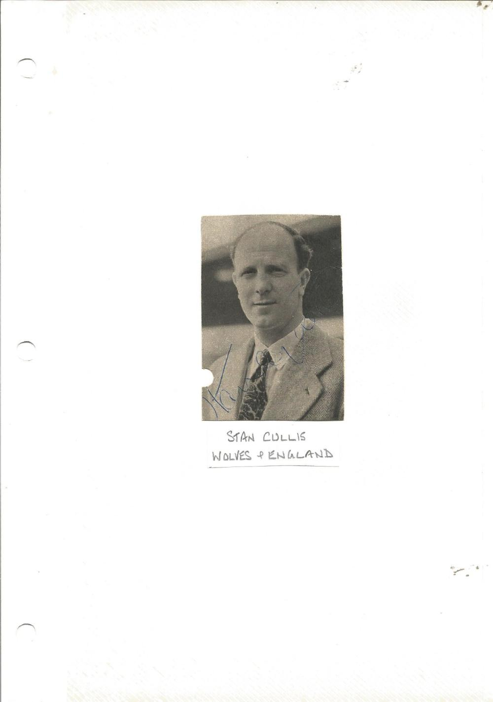 Football Legends Stan Cullis 3x2 signed b/w newspaper photo. Stanley Cullis (25 October 1916 - 28