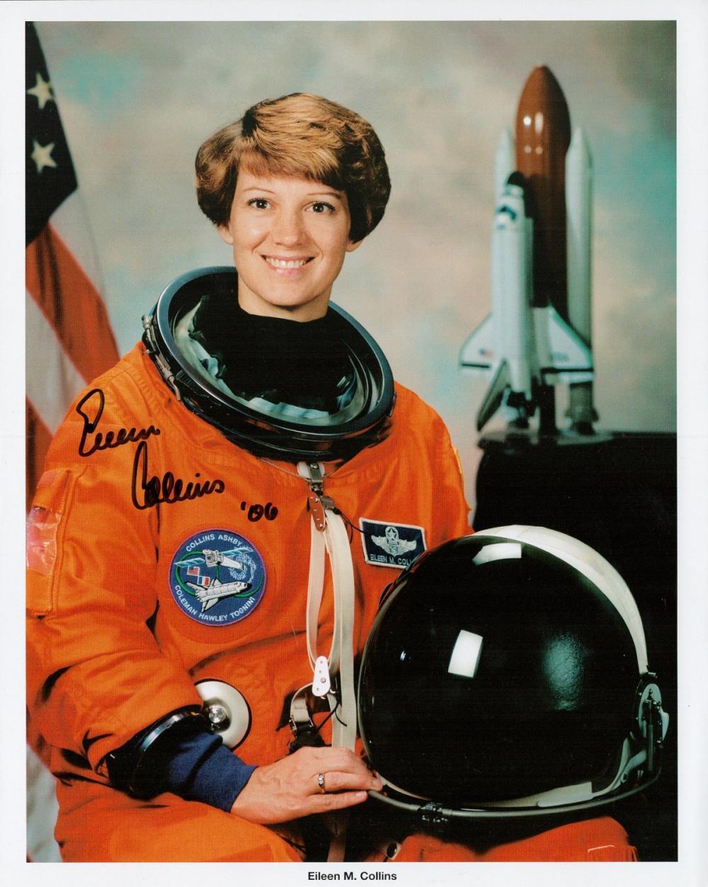 Eileen Collins signed 10x8 colour NASA photograph.
