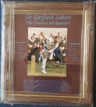 Sir Garfield Sobers signed 10 x 8 colour bowling p