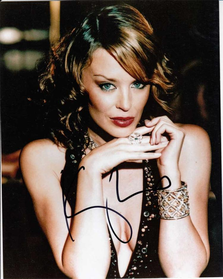 Kylie X Jordyn Collection Gloss: Kylie Minogue Signed 10 X 8 Colour Photo. Gorgeous