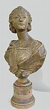 Buste de femme en terre cuite, socle en marbre Epoque XIXème haut 45 cm (quelques petits accidents)