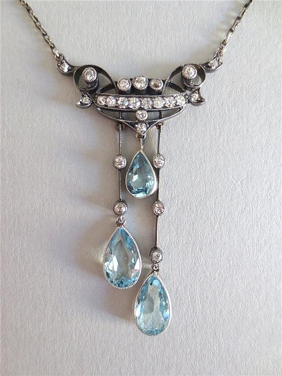 An Edwardian aquamarine and diamond negligée necklace,