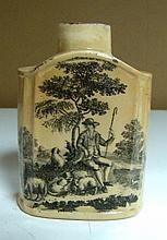 An 18th century Wedgwood creamware tea caddy