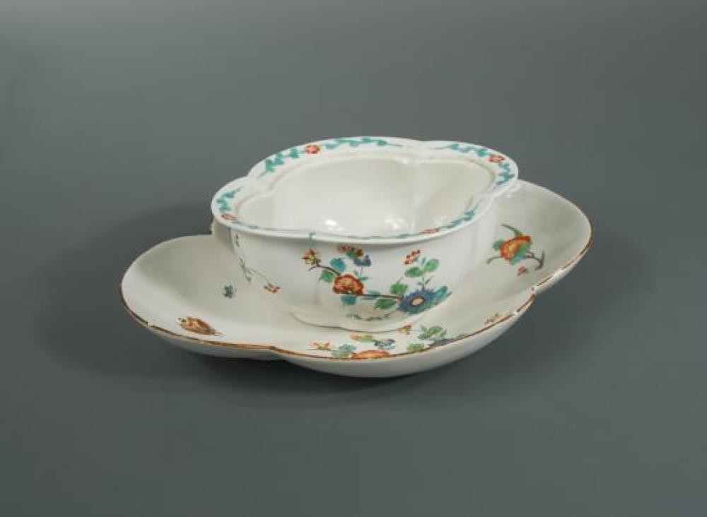 A Chantilly tureen base and associated stand, circa 1735,