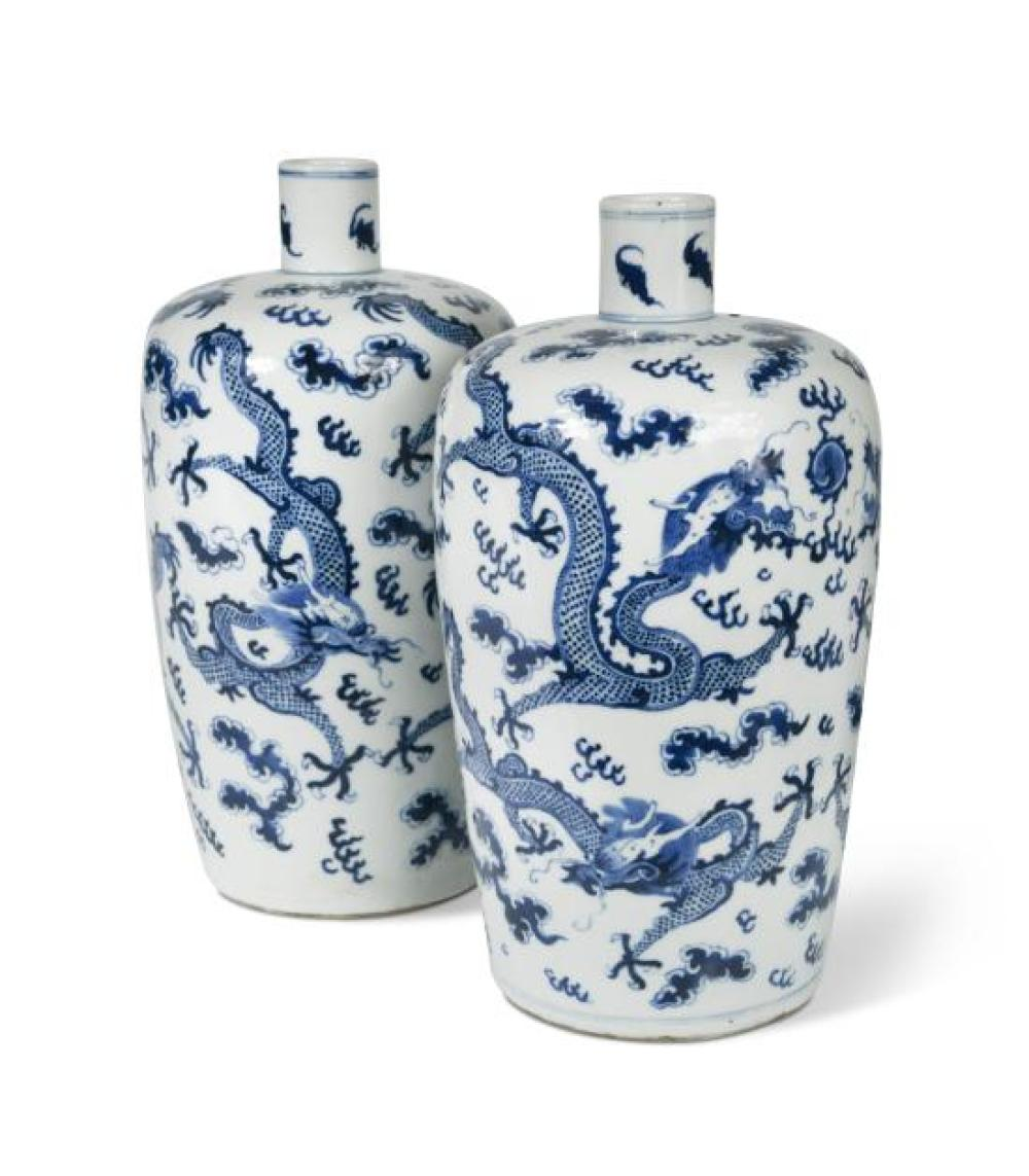 Two similar blue and white dragon vases, Qing Dynasty, 19th century,