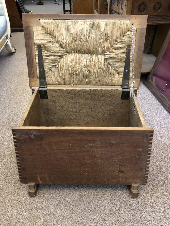 Awesome A Cotswold School Oak Ottoman Or Shoe Box Alphanode Cool Chair Designs And Ideas Alphanodeonline