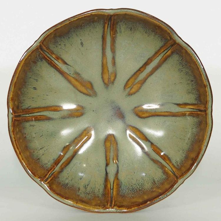 Coloured Glaze Eight Lobed Bowl, Yuan Dynasty