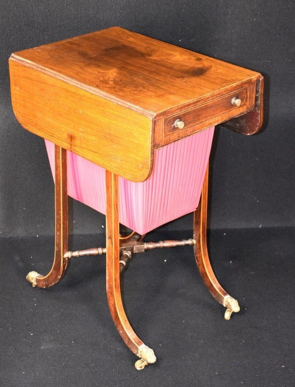 A fine and rare English early 19th century Rosewoo…