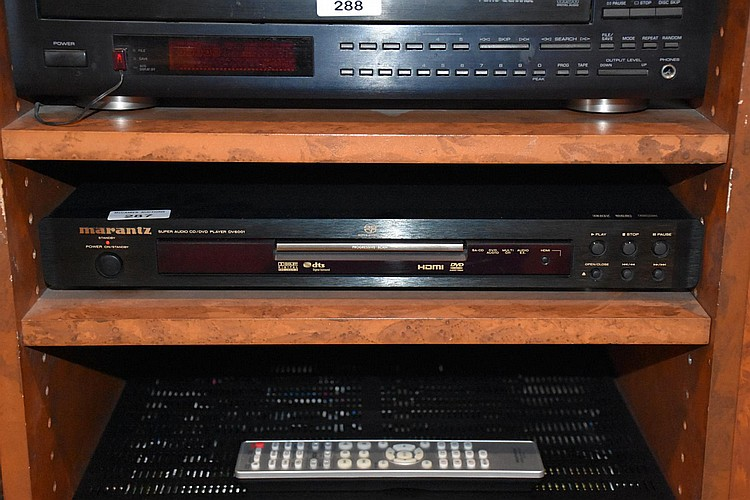 A Marantz super audio CD/DVD player DV6001.