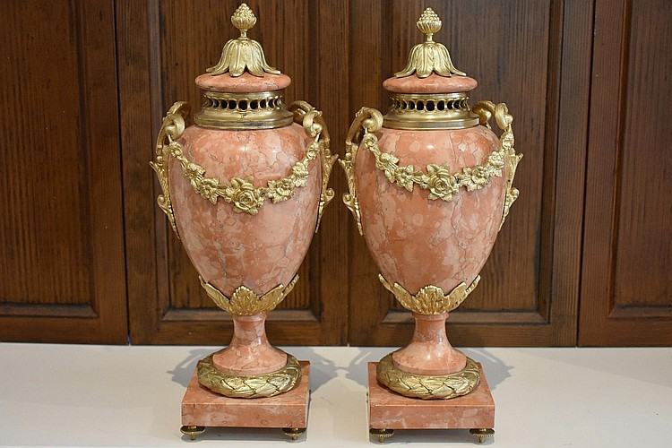 A superb pair of French 19th century marble and ormolu lidded castelette having ormolu floral swag decoration. Height 44cm, Width 17cm
