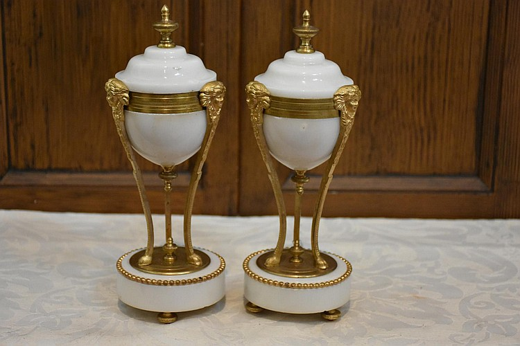 A superb pair of French 19th century marble and ormolu mounted castelette. Height 24cm, Width 9cm
