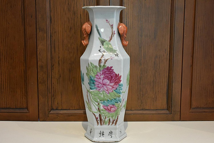 A good Chinese porcelain temple vase having hand painted bird and floral decoration, signed. Height 44cm, Width 16cm