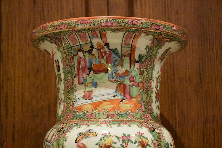 A good Chinese 19th century hand painted vase having all over panels depicting figures in landscape. Height 39cm, Width 26cm