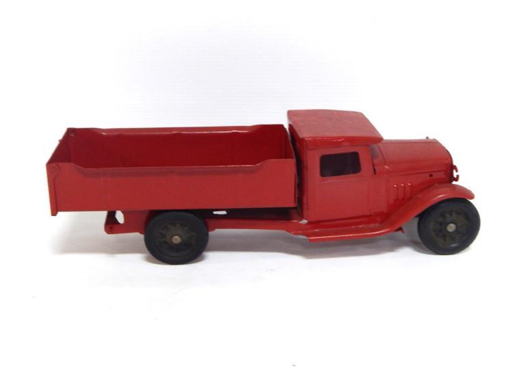 Turner Dump Truck