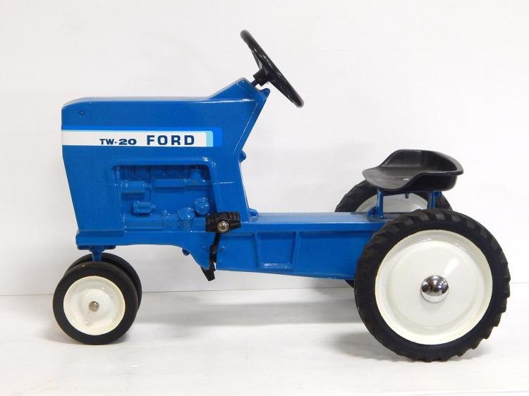 Ford TW-20 Pedal Tractor