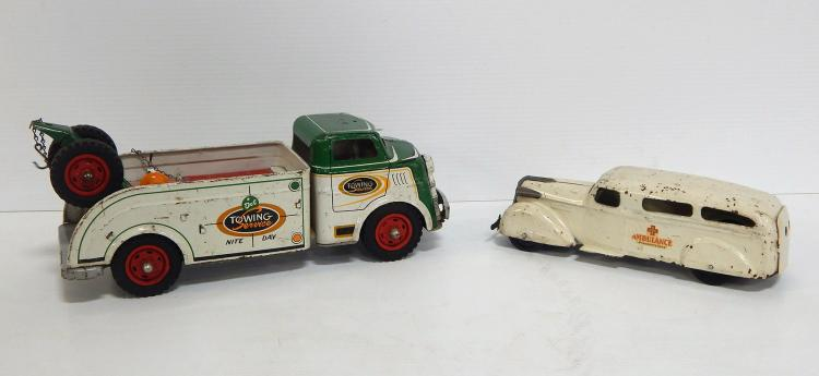 (2) Wyandotte Vehicles