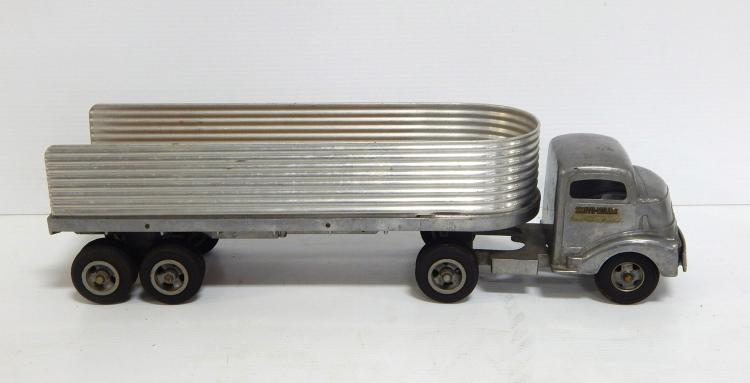 Smith Miller Truck