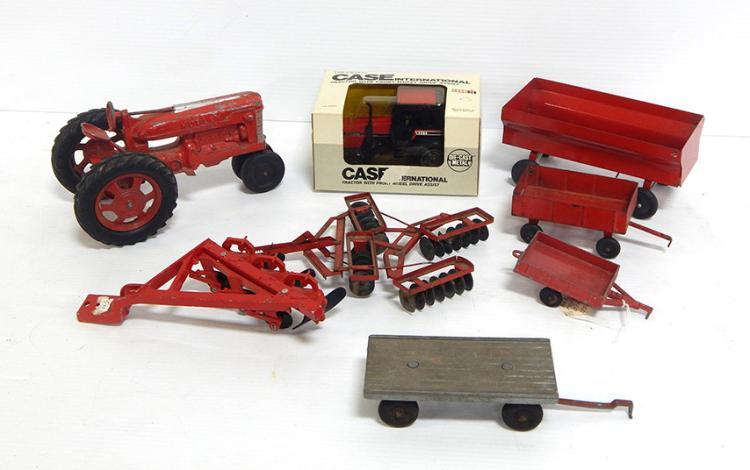 (8) Farm Toys