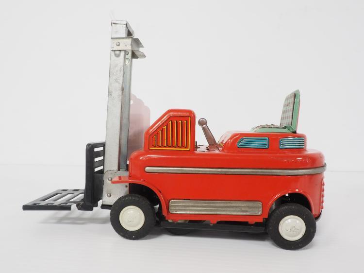 TM Forklift