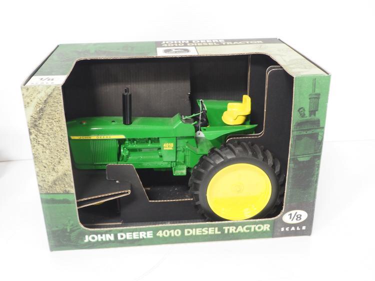 1:8 John Deere 4010 Diesel