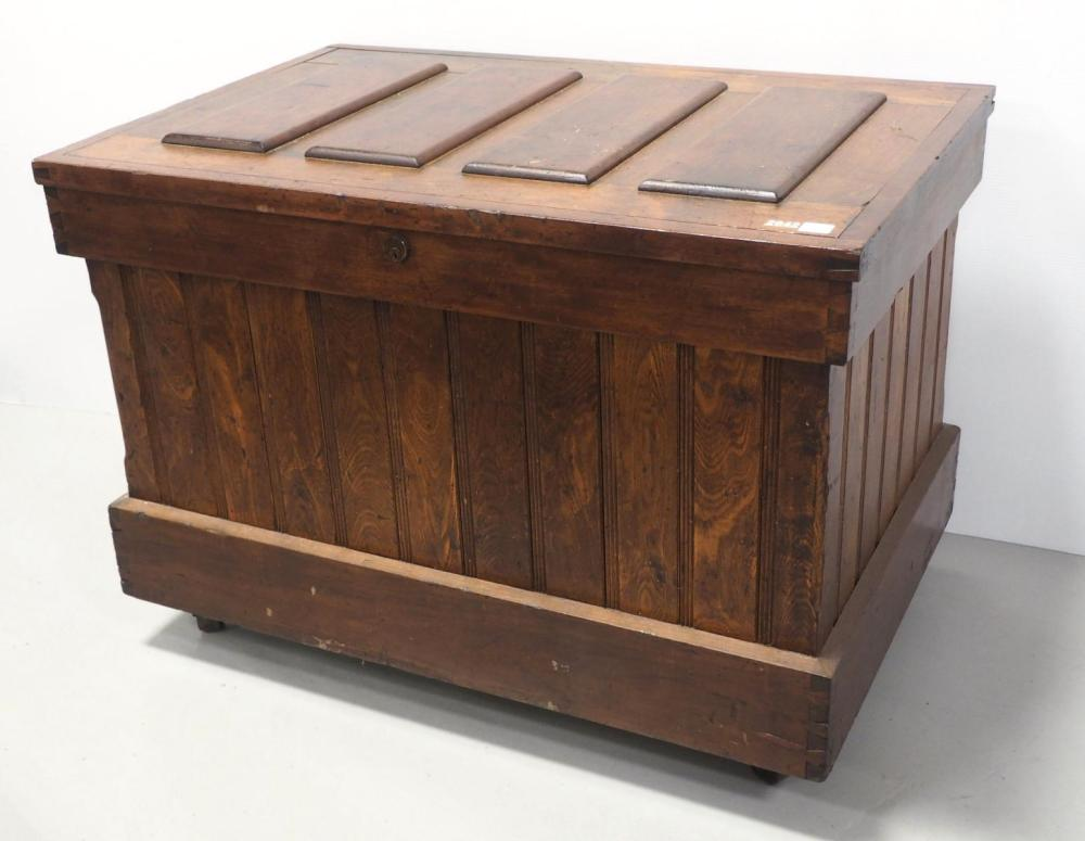 Wooden tool chest with beautiful woodwork