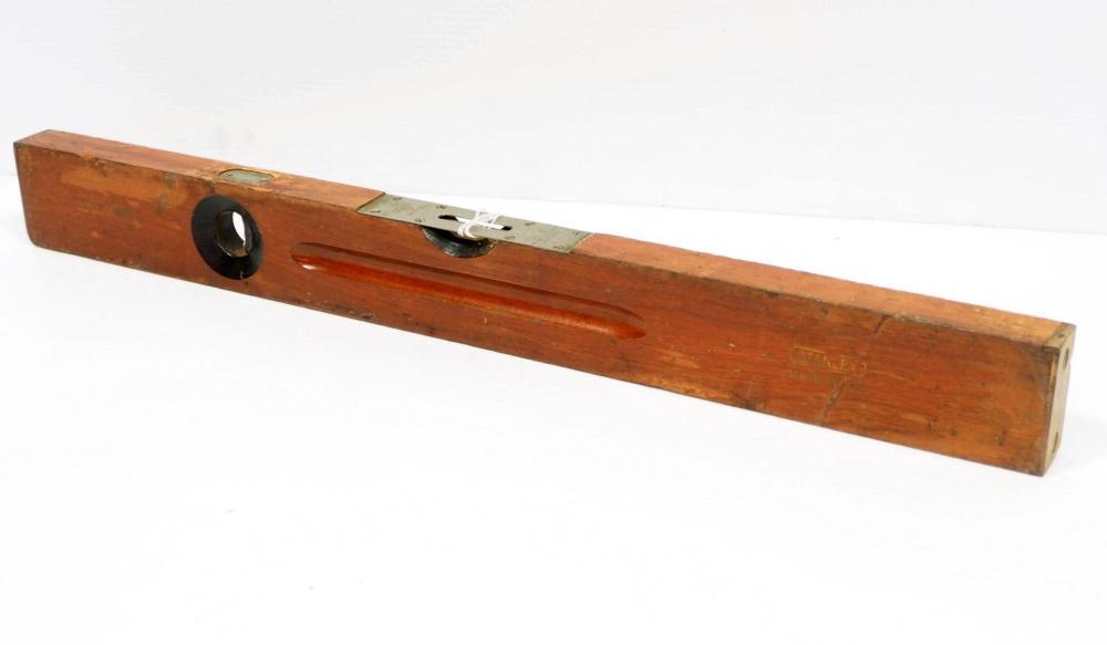 "26""L Stanley No.3 Carpenter's Adj. Plumb & Level"