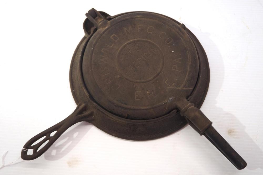 Griswold No.8 & 9 The American waffle iron