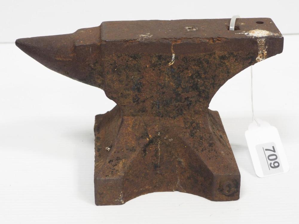 29 lb. anvil