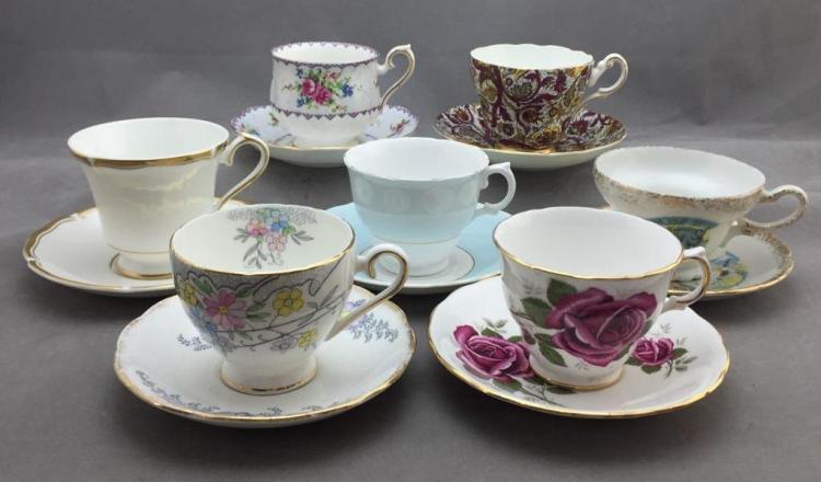 (7) Bone China teacups and saucers: Willington, Aynsley, Colclough, Grosvenor, Royal Kent, Royal Albert