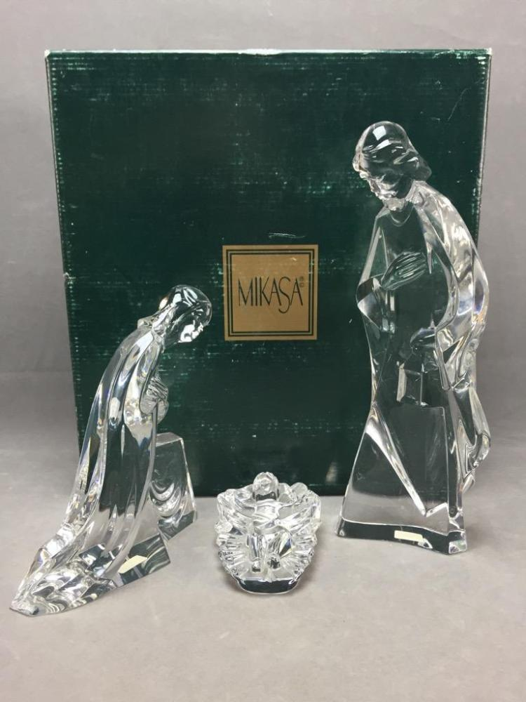 Mikasa three-piece crystal nativity figurine set in original box