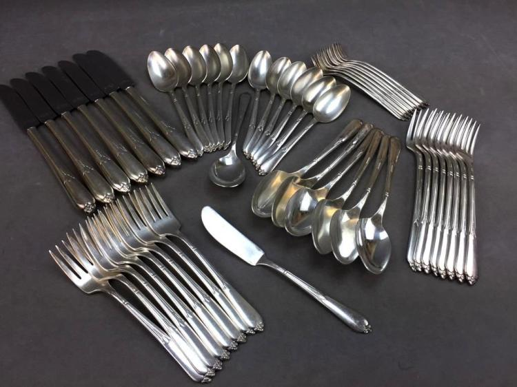Vintage Art Deco Rogers silver plate dinner flatware