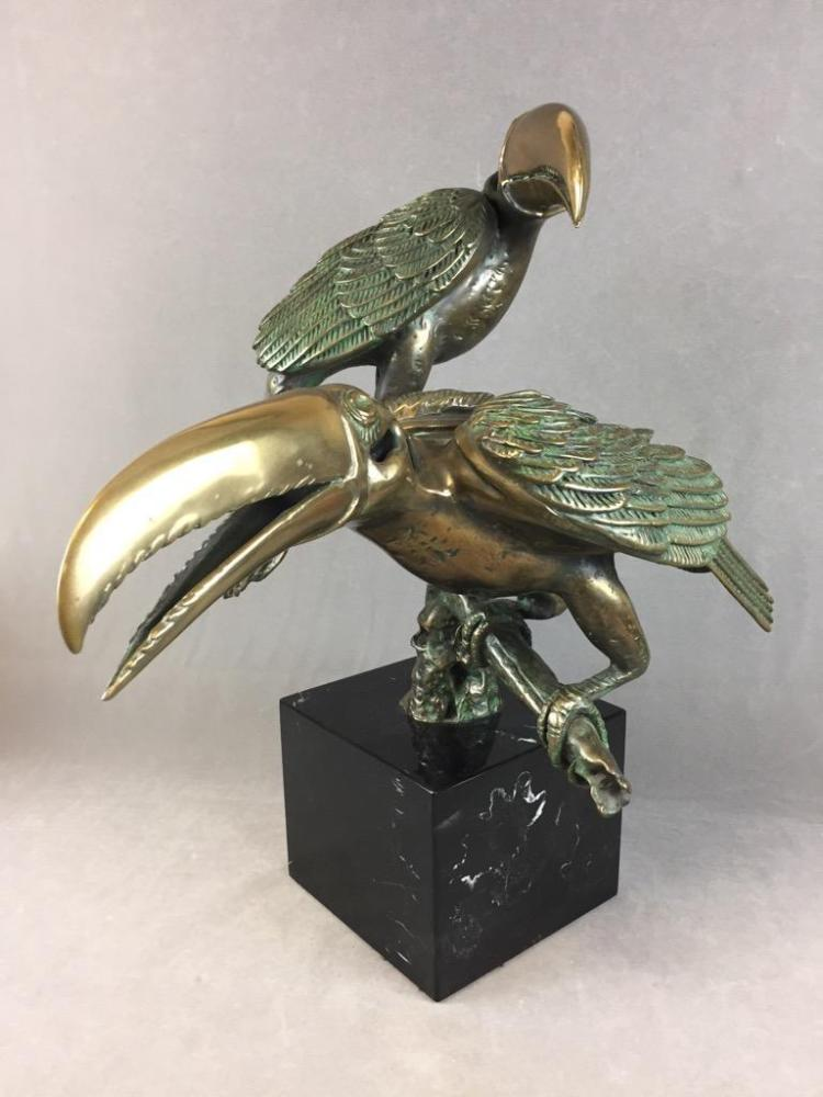 Stunning 1985 Bronze tropical Toucan statue on marble base