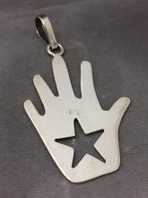 Mexican Sterling Silver hand pendant w/ star, 9 g