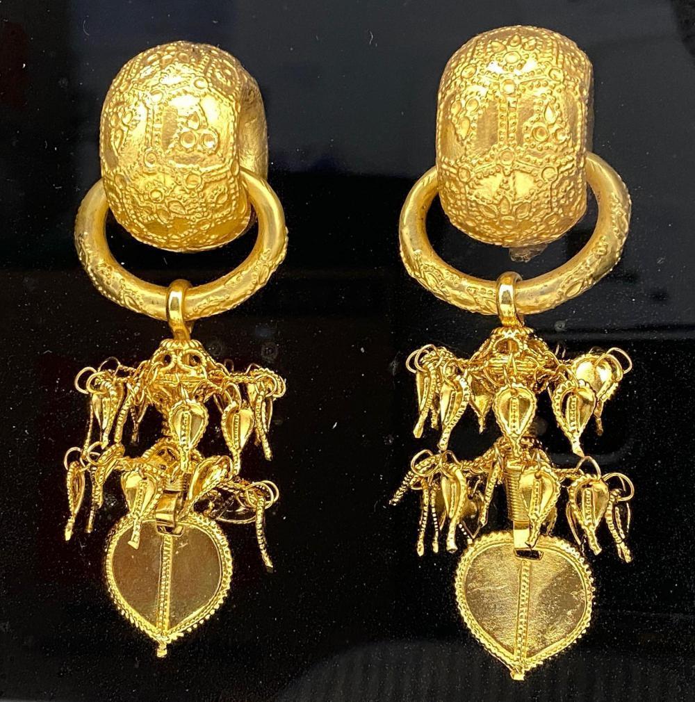 24K Gold Plated Earrings National Treasure No. 90 Korea Replica