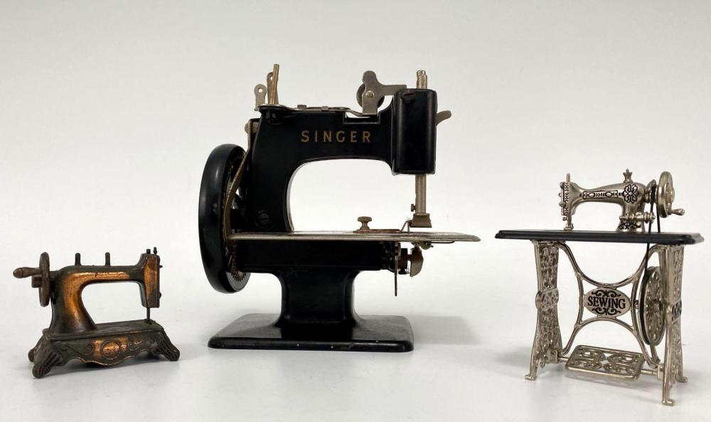 3 Miniature Sewing Machines