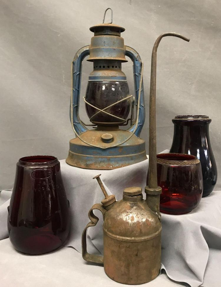 Dietz antique railroad lot, lantern, replacement glass and oil can