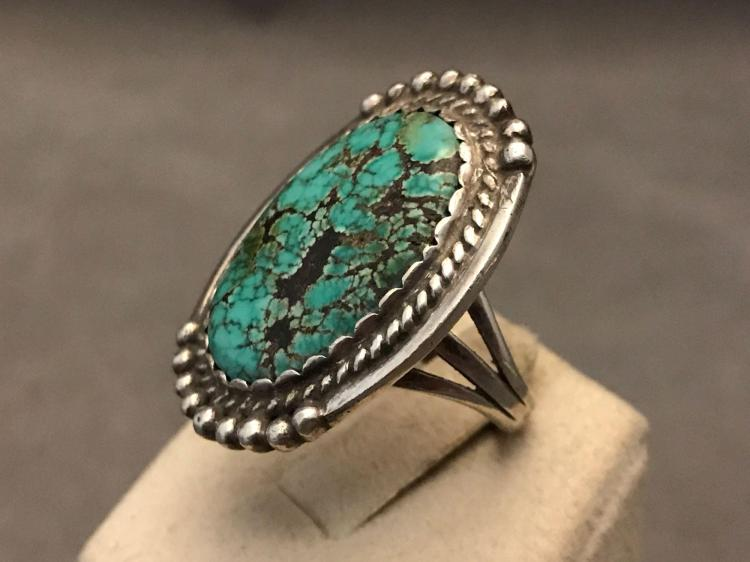 Vintage Navajo sterling silver Nevada turquoise ring