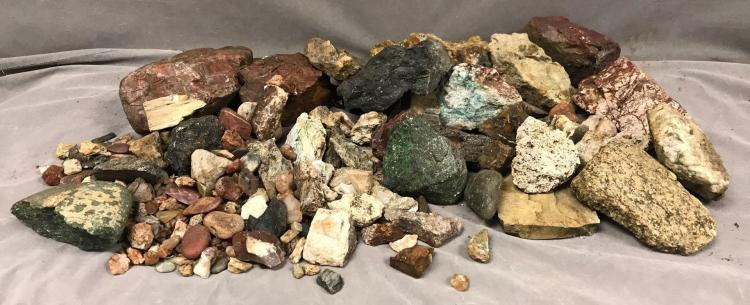 Large lot of Petrified wood, quartz, obsidian, Agate and more.