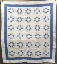 1900's Hand Stitched Blue and white Star Quilt with Daisy Medalion quilt