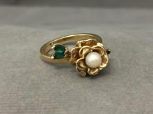 14k Gold Pearl & Emerald ring set in rose design, 5 g, size 6