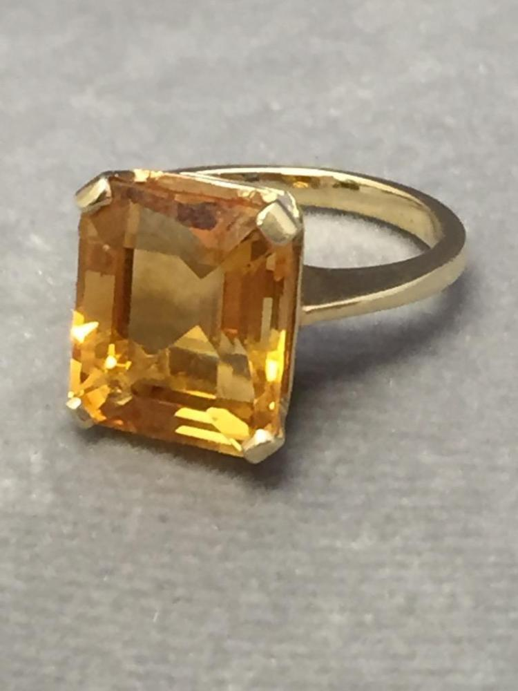 14k ring w/ large citrine stone, size 5.5